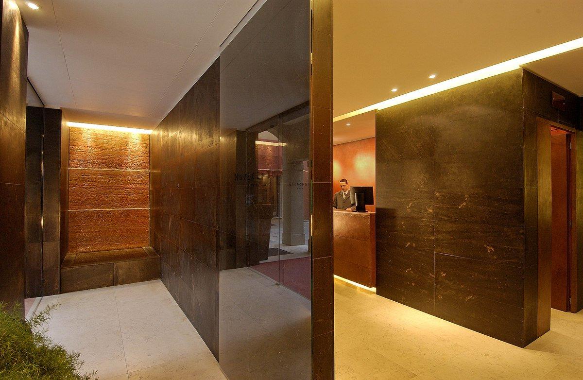 Galleria art hotel novecento hotel bologna sito ufficiale for Hotel dei commercianti bologna